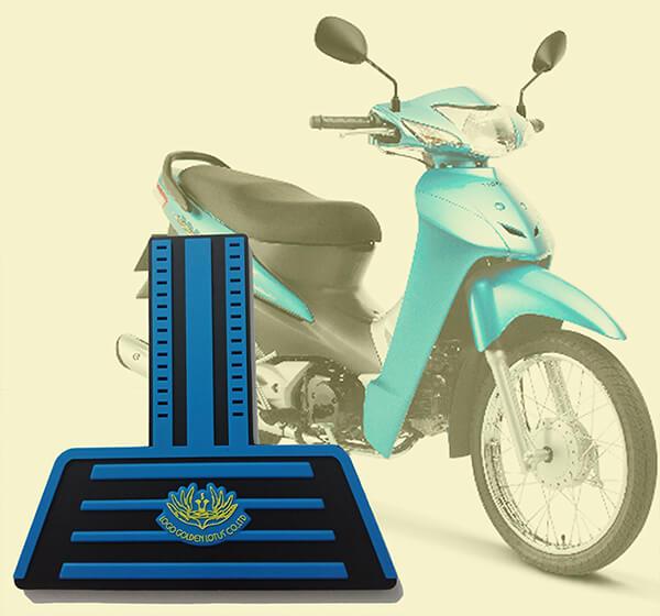 Tấm chắn đinh xe máy nhựa dẻo 3 lớp màu xanh dương